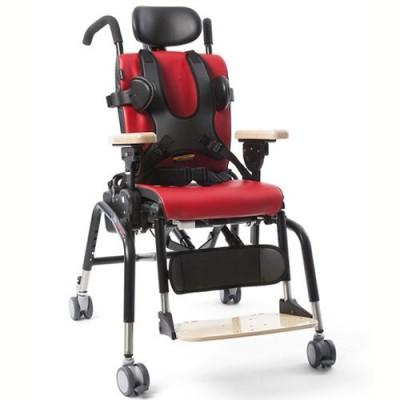 Το κάθισμα δραστηριοτήτων Rifton διαθέτει πλήθος εξαρτημάτων ώστε να προσαρμόζεται πλήρως στις ανάγκες του παιδιού