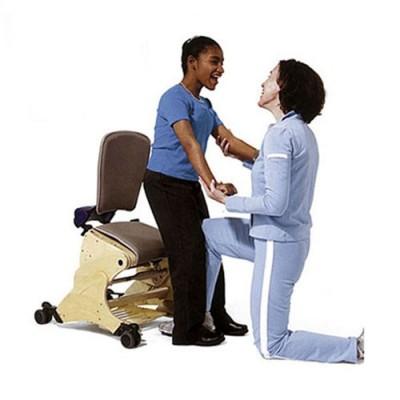 Ο σχεδιασμός του βοηθά το παιδί να εκπαιδευτεί στο να σηκώνεται από την καθιστή στην όρθια θέση
