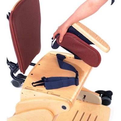 Εύκολη αφαίρεση των πλαϊνών για διευκόλυνση της μεταφοράς από και προς το κάθισμα