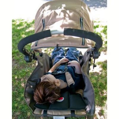 Η ρύθμιση σε ξαπλωτή θέση διευκολύνει την αλλαγή πάνας και την ξεκούραση του παιδιού