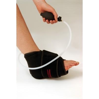 Η συμπίεση ρυθμίζεται από τον χρήστη στο επιθυμητό επίπεδο και συμβάλλει στην άμεση ανακούφιση από το οίδημα και τον πόνο
