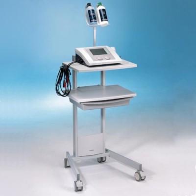 Η συσκευή Combi 200 μπορεί να τοποθετηθεί στο ειδικά διαμορφωμένο τροχήλατο τραπέζι της Gymna
